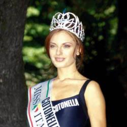 manila nazzaro vincitrice 1999